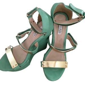 Kayleen Teal and Gold Strappy Platform Wedges